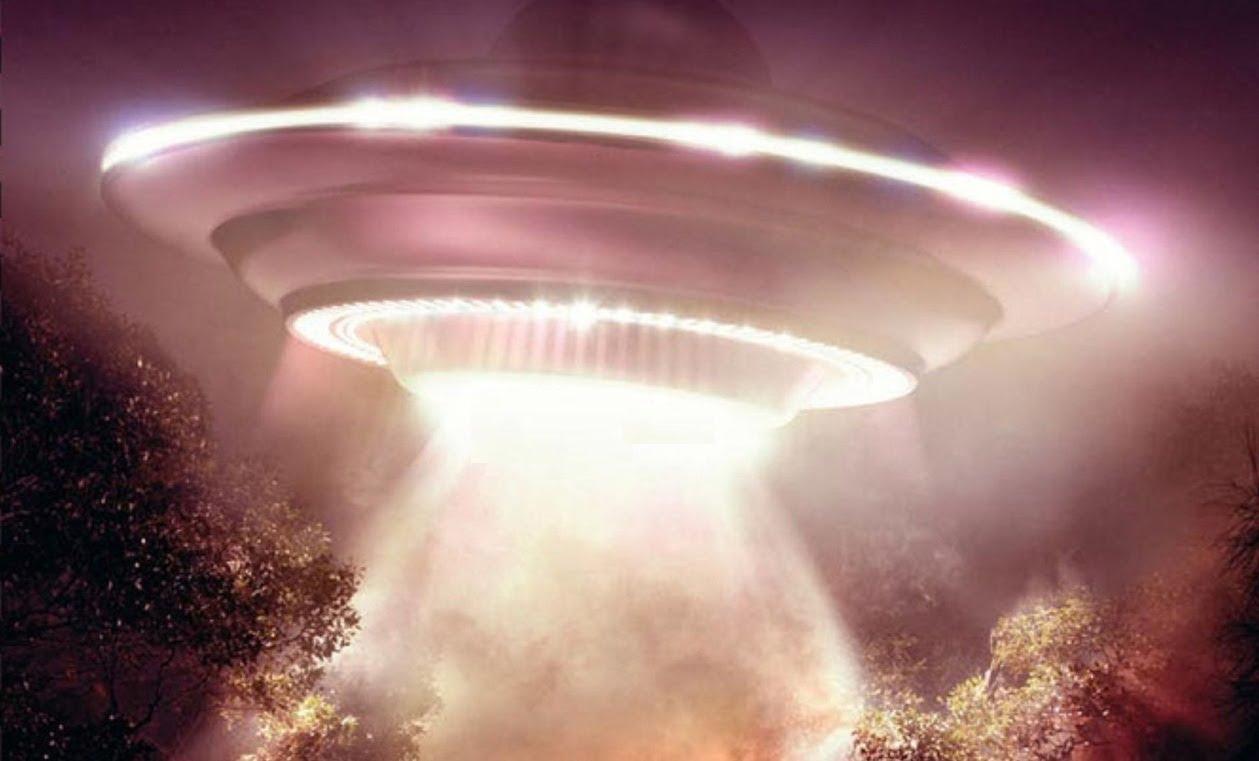 «Я видела пилота НЛО» — сказала она…
